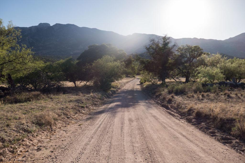 Saguaro: E Happy Valley Road