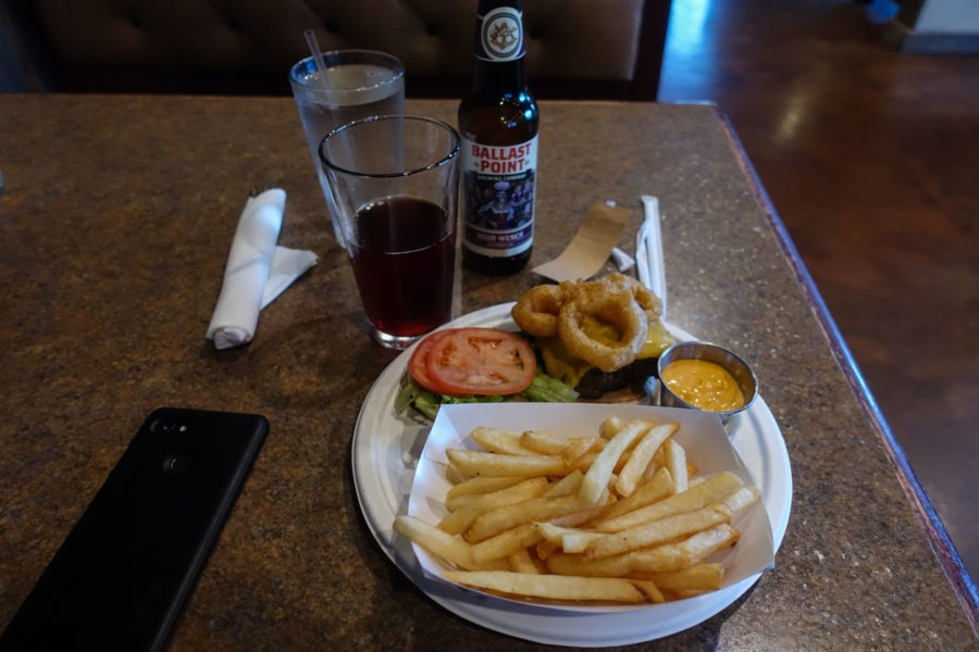Shenandoah: Burger at Headmaster's Pub in Sperryville