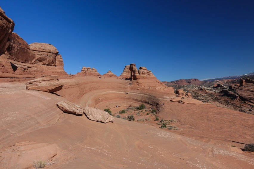 Arches: Delicate Arch Across Bowl