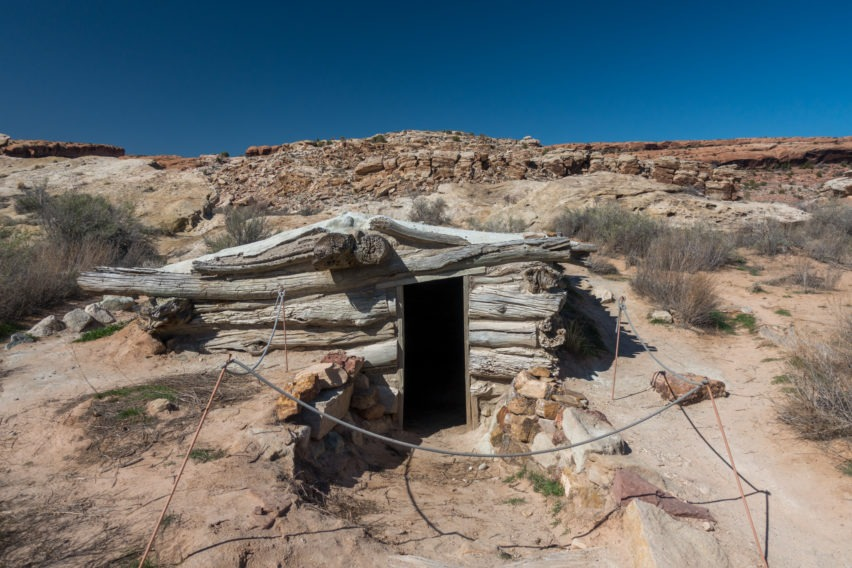 Arches: Smaller Building at Wolfe Ranch